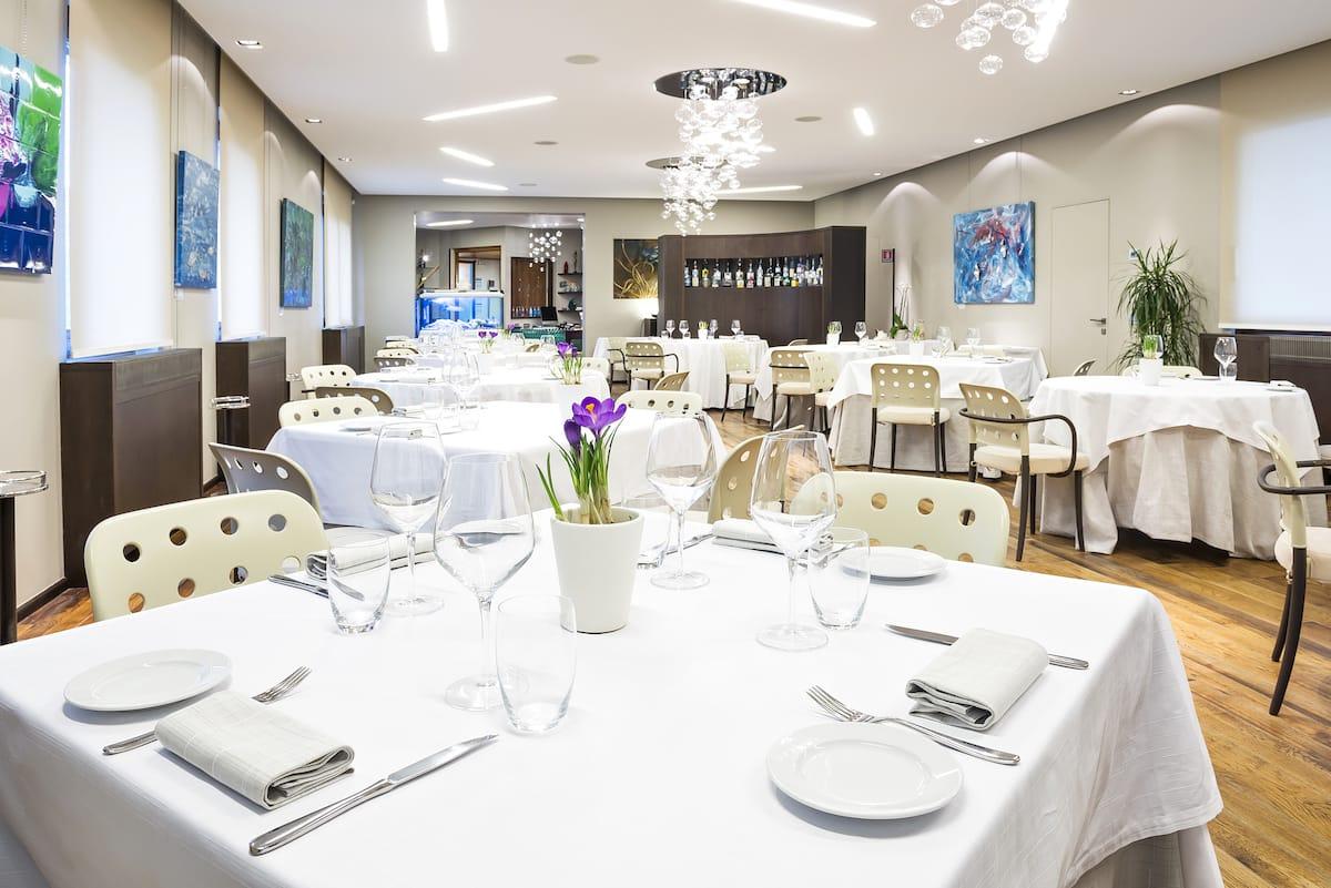 elegante-sala-ristorante-la-sprelunga